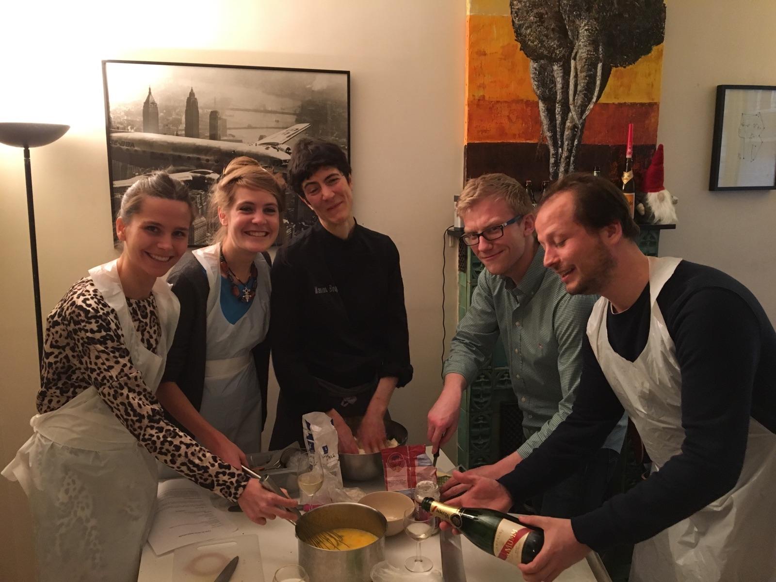 Une soir e entre amis autour d 39 un atelier de cuisine c for Menu pour soiree entre amis