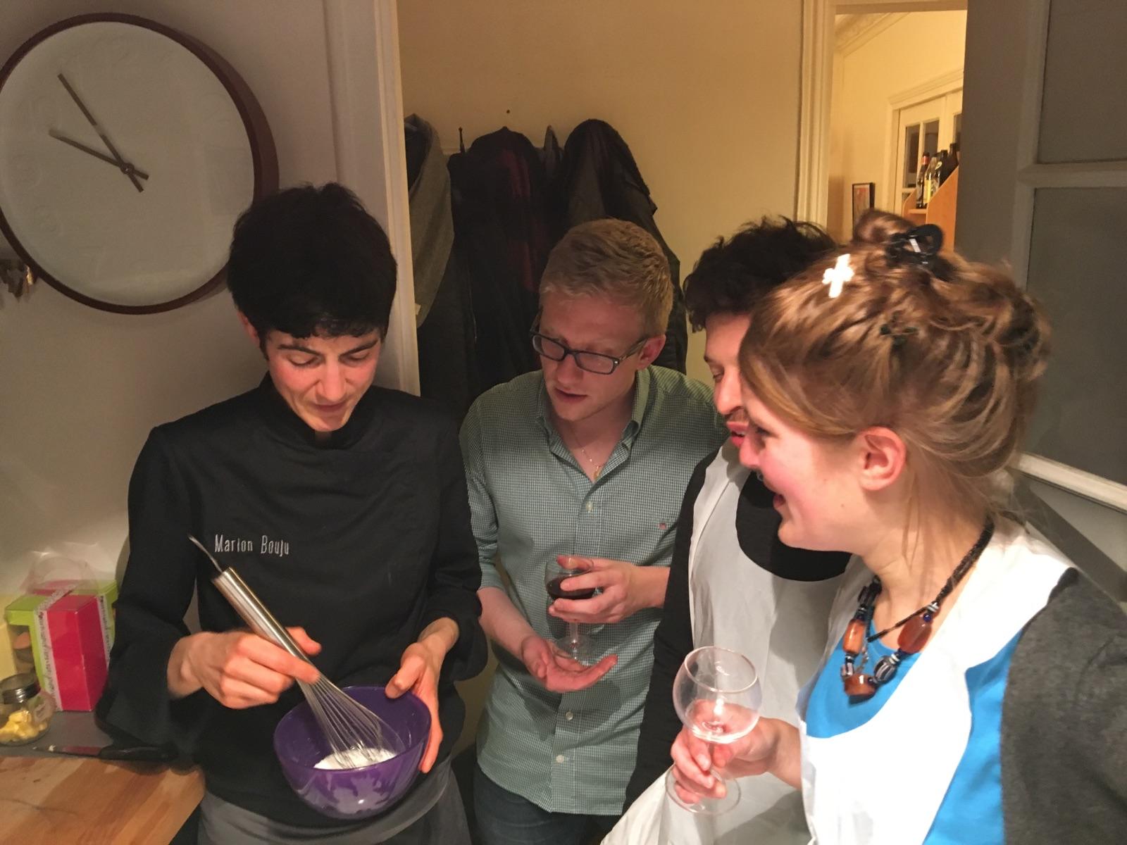 Une soir e entre amis autour d 39 un atelier de cuisine c for Menu soiree entre amis